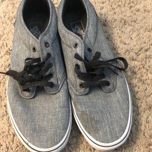 Selling vans shoes 11 1/2